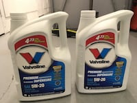 Valvoline premium oil 5W20. New never opened. 20$ each Mississauga, L5B 0K6