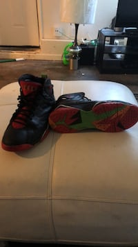 retro 7's  throw a price still fresh size 14 Vallejo, 94590