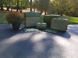 Vintage American Tourister Green 4 Piece Luggage S
