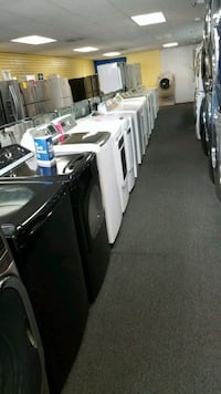 Set washer and dryer in excellent condition  69 km