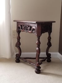 Antique Triangular Accent Table Hand Carved Ocala, 34476