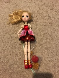 Ever After High doll: Apple White Leesburg, 20176