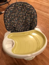 High chair from baby to toddler Montréal, H1H 4P6