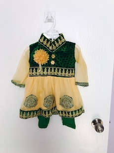 Indian 2 piece outfit size 6-12 mo