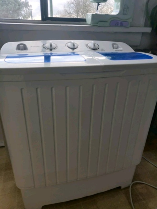 Washer and spinner combo for sale 08edbbcf-241a-4aeb-ae26-4d6dc4f92871
