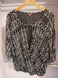 Vince Camuto Top, Large *Brand New* Toronto