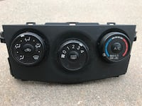 2010 Toyota Corolla Temperature control unit Los Angeles, 90065