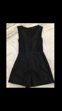 Black zip-back v-neck romper Surrey, V3T 2B3