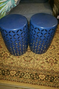 two blue and white ceramic vases Upper Marlboro, 20774