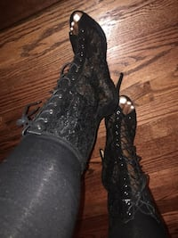 Black lace zip up booties  HYATTSVILLE