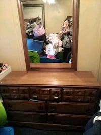 brown wooden dresser with mirror Pontotoc, 38863