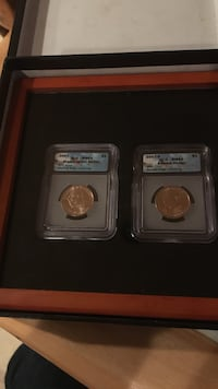 Misprint graded 2007 $1 coins that's a set if interested please call or text  [PHONE NUMBER HIDDEN] Portland, 97266