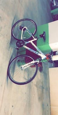 bike with helmet .. used  only twice  Arlington, 22203