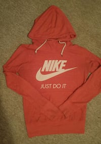 red and white Nike pullover hoodie St. Catharines, L2T 4B8