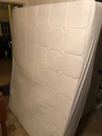 Queen mattress with box spring and frame Centreville, 20120