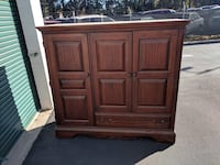 brown wooden 2-door cabinet Arcade, 95821