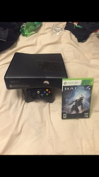 Xbox 360 with controller, chords and halo 4 game  Washington, 20002