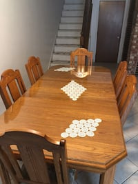 Dinning table+ 6 chairs