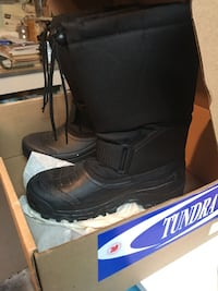 Brand New Tundra winter boots in box Size 7