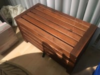 "Wooden slatted trunk / box - 31.5"" x 18"" x 16.5"""