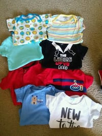 baby's assorted-color onesie lot Valrico, 33596