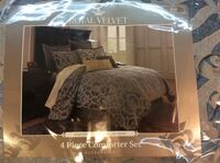 Royal Velvet 4 piece Comforter set - FULL Baden, 15005