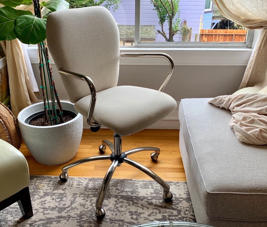 begagnad unused pottery barn airgo swivel desk chair till salu i san rh se letgo com Purple Swivel Desk Chair Swivel Desk Chair with No Wheels