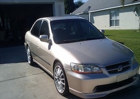 Fully Loaded2OO0 Honda Accord No issues anything