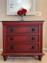 Accent dresser/ entry table  Henderson, 89014