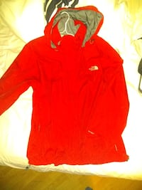 MENS LARGE NORTH FACE WINDBREAKER Spruce Grove, T7X 0A7