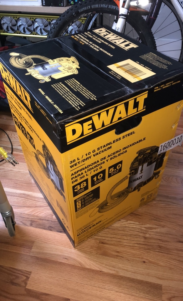 Photo Dewalt Shop Vacuum