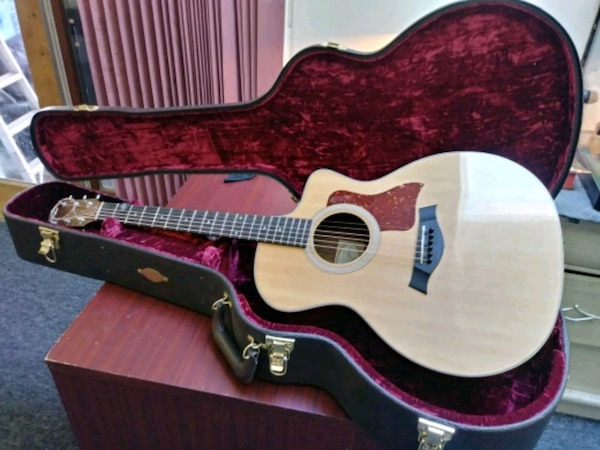 Taylor 214ce delux