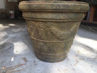 """Stone planter with a Victorian feel. 20""""high and 22"""" wide Richmond Hill, L4B 1P1"""
