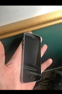 iPhone 5s (Unlocked)  Windsor, N9B 2T8