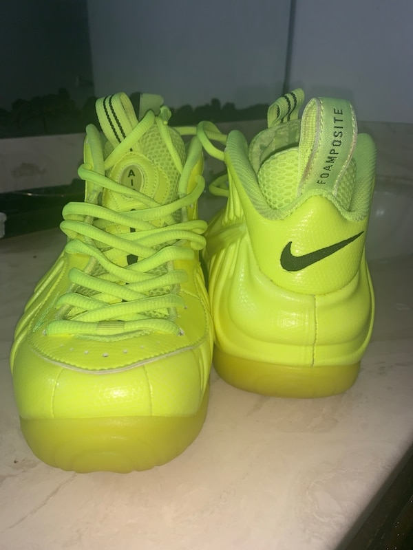 big sale 25bb7 83bff Air Foamposite Pro 'Volt'
