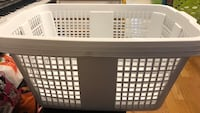 Gracious family laundry basket Mississauga, L5A 3Y2