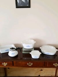 Corning Ware set. Blue Cornflower Pattern