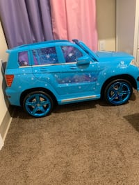 Disney Frozen Mercedes