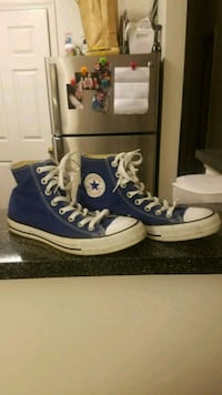 High top Converse  42 km