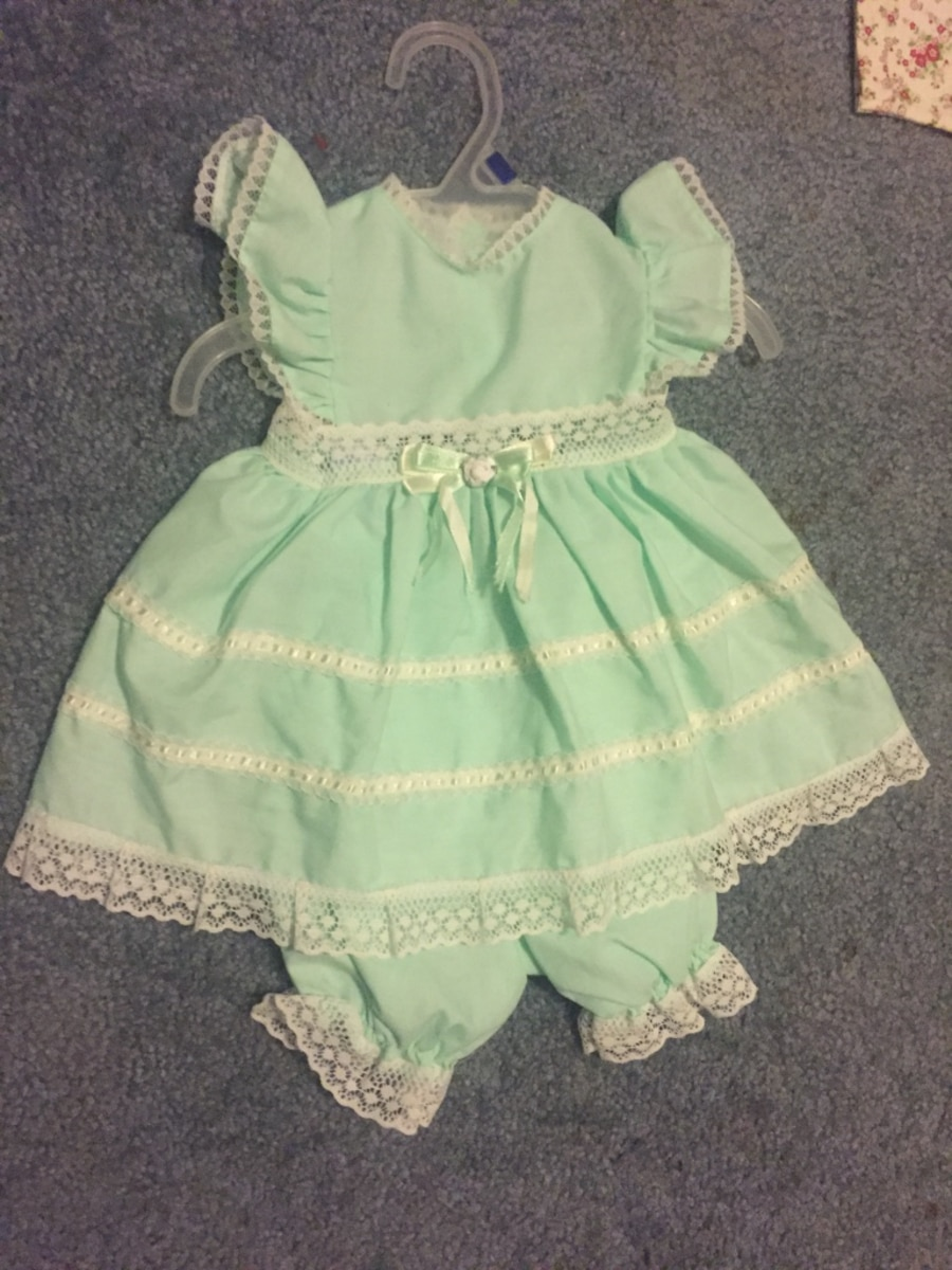 Used Green baby dress with pants in Franklin