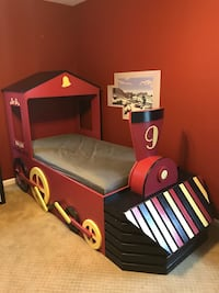 Kids Custom Bed with Storage Vienna, 22182