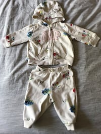 Track Suit Baby Girl 3-6 months GAP Toronto, M9P 2Y4