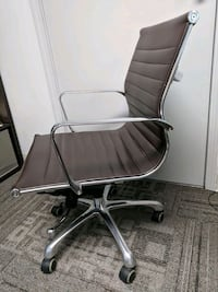 Eames Style Office Chair - Great Condition!  Orchard Park, 14127