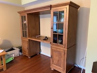 Solid wood Broyhill entertainment center with interior lights Myersville, 21773