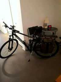 27 speed Trek mountain bike fully loaded with all the attachments