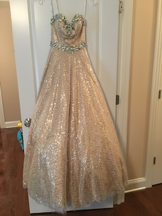 Tony Bowls Gold sequin floor-length ball gown
