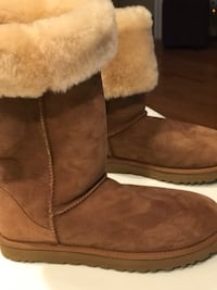 Pair of brown ugg bailey button boots Rockville, 20850