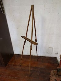 brown wooden easel stand Washington, 20017