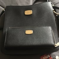 Michael Kors purse and matching wallet St Catharines, L2P 2J6