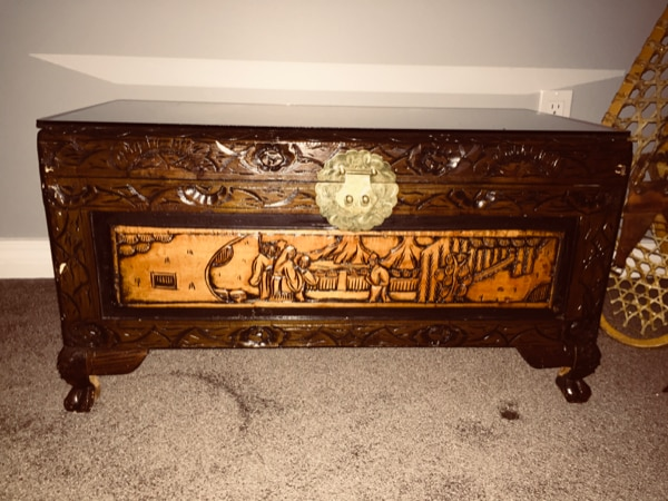 Oriental Wooden Chest 0a69472d-485f-410c-acd6-6c1ae10adc8f
